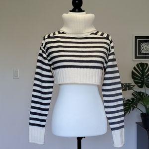 ZARA Cropped Sweater Size Small